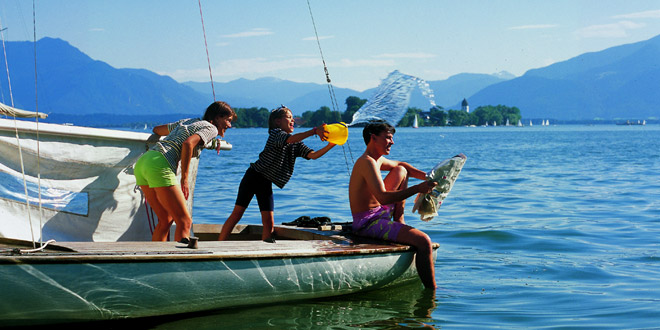 includes/images/header/main/Badespaß-am-Chiemsee.jpg